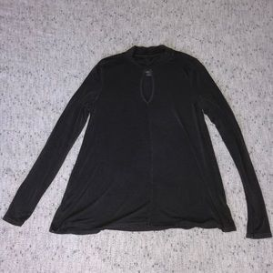 American Eagle Mock Neck Cut Out | Size Small
